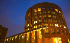 宾夕法尼亚大学-学校建筑