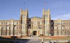 阿尔伯塔大学-